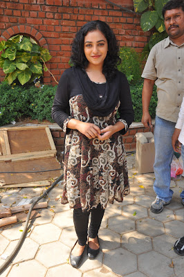 nitya menon new @ okkadine onlocation latest photos