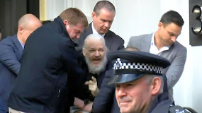 WIKILEAKS JULIAN ASSANGE CAPTURED: ERIC SNOWDEN NEXT.