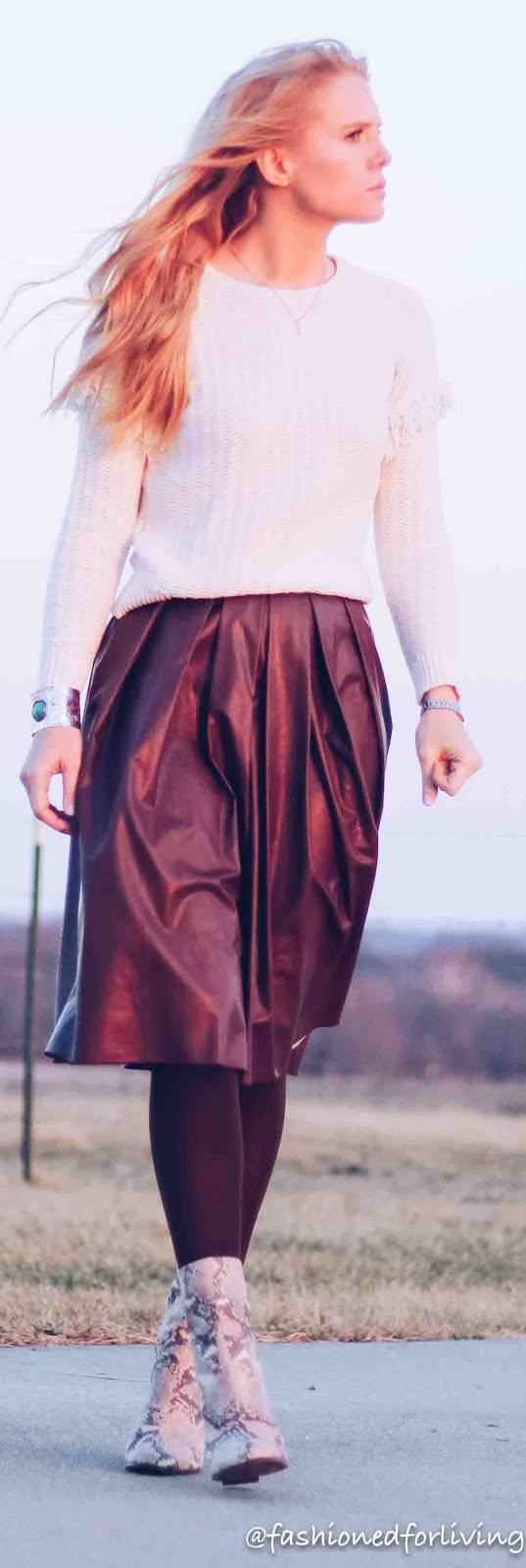 Fashioned For Living: faux leather pleated skirt outfit