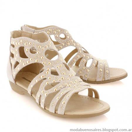 Chatitas y Sandalias 2014 Batistella. Moda calzado femenino verano 2014.