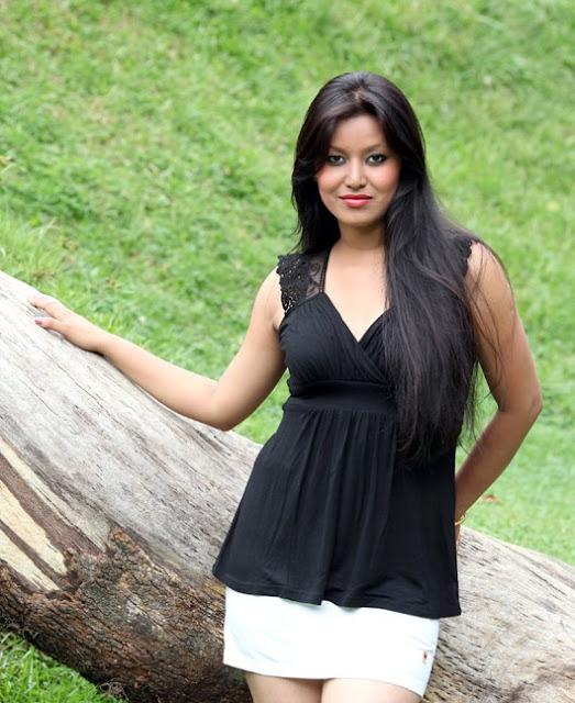Malina Joshi Miss Nepal 2011 Winner