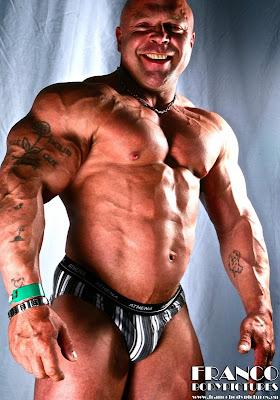 Worldwide Bodybuilders: French bodybuilder Patrick Simon