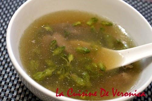 La Cuisine De Veronica 夜香花滾豬潤瘦肉