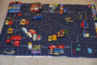 mata edulacyjna, ulica, miasto, parking, samochody, szpital, straż polcja, przedszkole, park, zabawa, zabawki, miasto, graż, parkuj, pojazdy