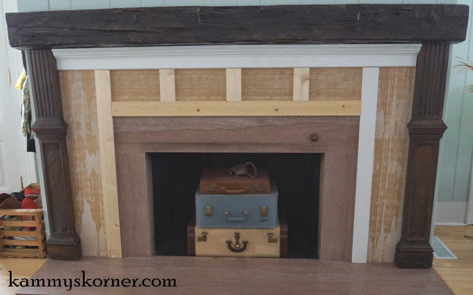 kammy u0027s korner beautiful built mantel from scraps fireplace 2
