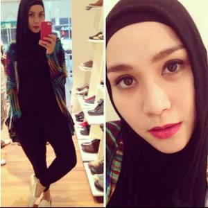 Demikian profil Lengkap dan foto cantik Zaskia Adya Mecca. Semoga ...