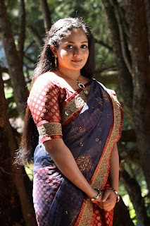kavya in saree