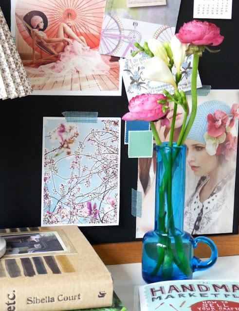 Cắm hoa trang trí phòng khách 21