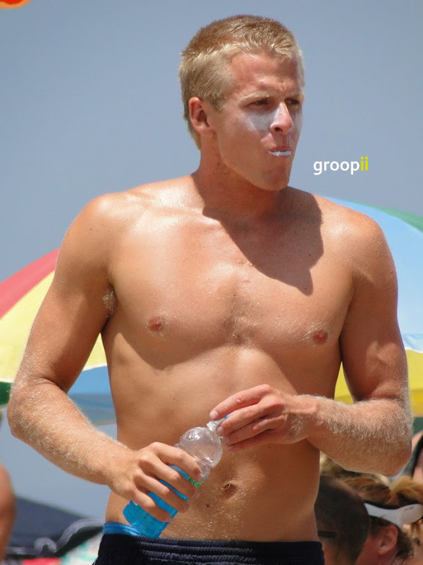 Will Montgomery Shirtless at the NVL Malibu 2011