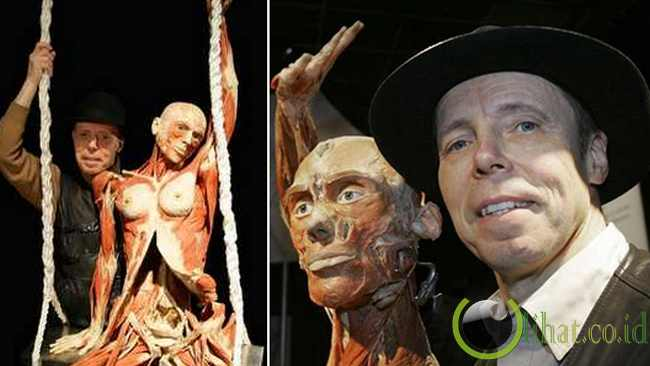 Mengelilingi Dunia Sebagai Karya Seni Berskandal