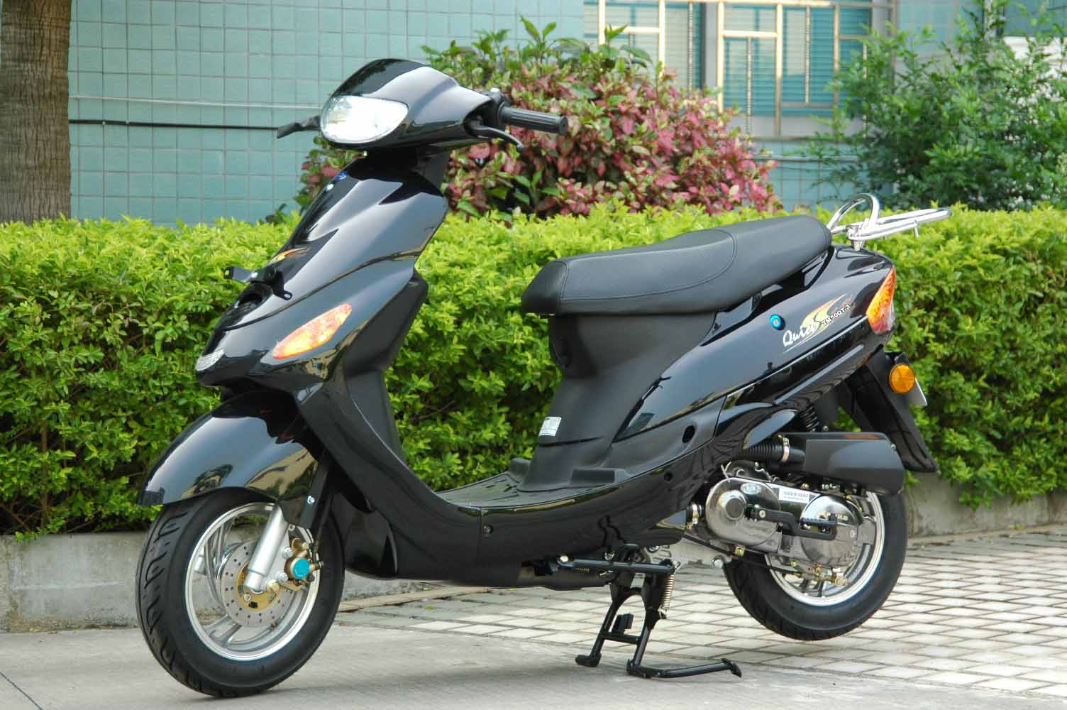 Cheap used mopeds 18