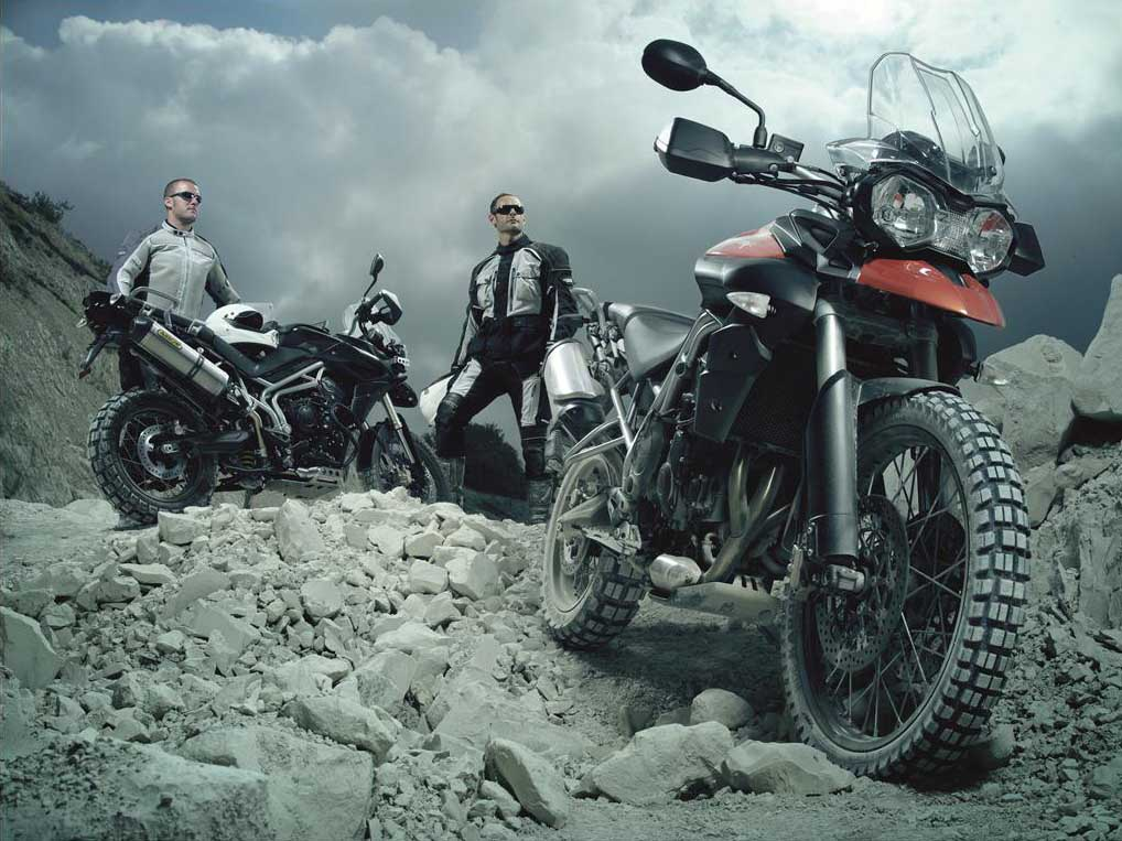 2011 Triumph Tiger 800 Wallpaper