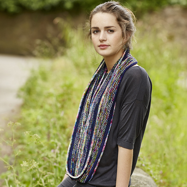 The Woolly Brew: Knit Play Colour