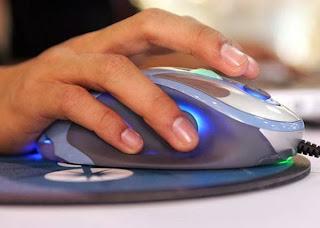 Há mais no botão direito do que só copiar e colar.