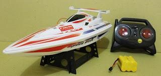 Speed Boat Remote Control Berkecepatan Ganda