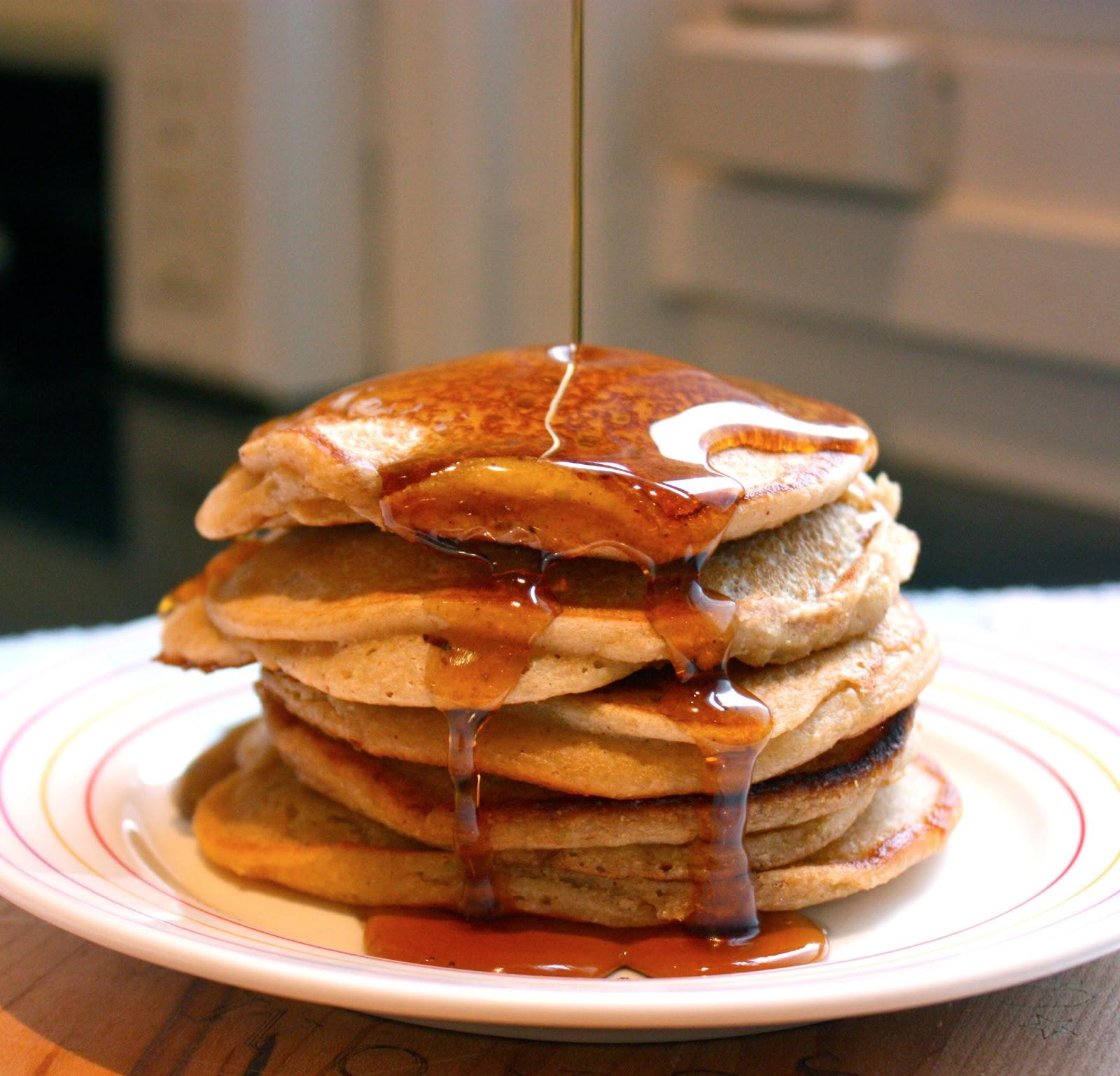 Cannella Vita: whole wheat apple blender pancakes