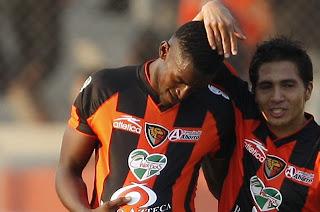 Jackson Martínez marcó su segundo gol en este 2012