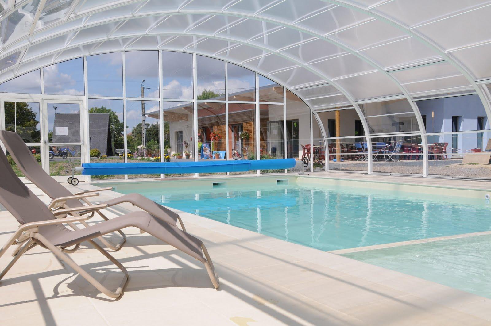 Camping guignicourt 02 aisne la piscine for Camping picardie piscine