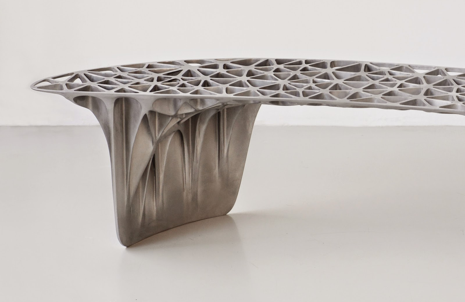 Moto mucci art design trusswork furniture of janne kyttanen for Furniture 3d printer
