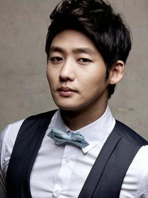 Foto dan Profil Lee Tae-sung sebagai Bong Joon-guNaughty Kiss