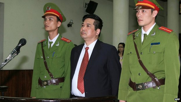 http://kimedia.blogspot.com/2014/04/vietnam-frees-nguyen-tien-trung-and-vi.html
