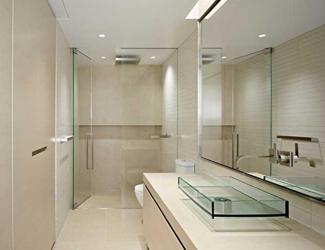 36 banheiros modernos e contempor neos dicas de cores e for Small galley bathroom ideas