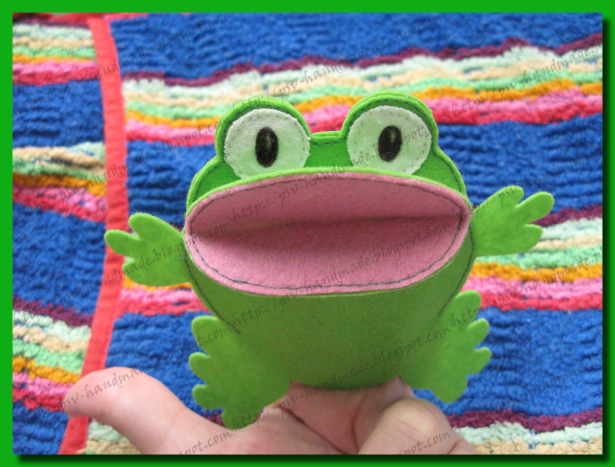Развивающие игрушки - лягушка