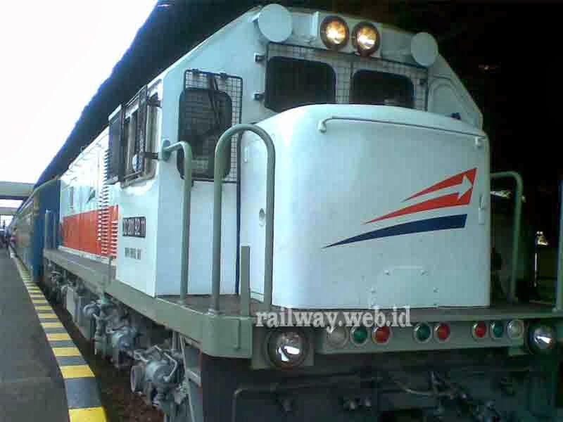 Kereta Api Rapih Dhoho Direncanakan Tidak Berhenti Di Kertosono
