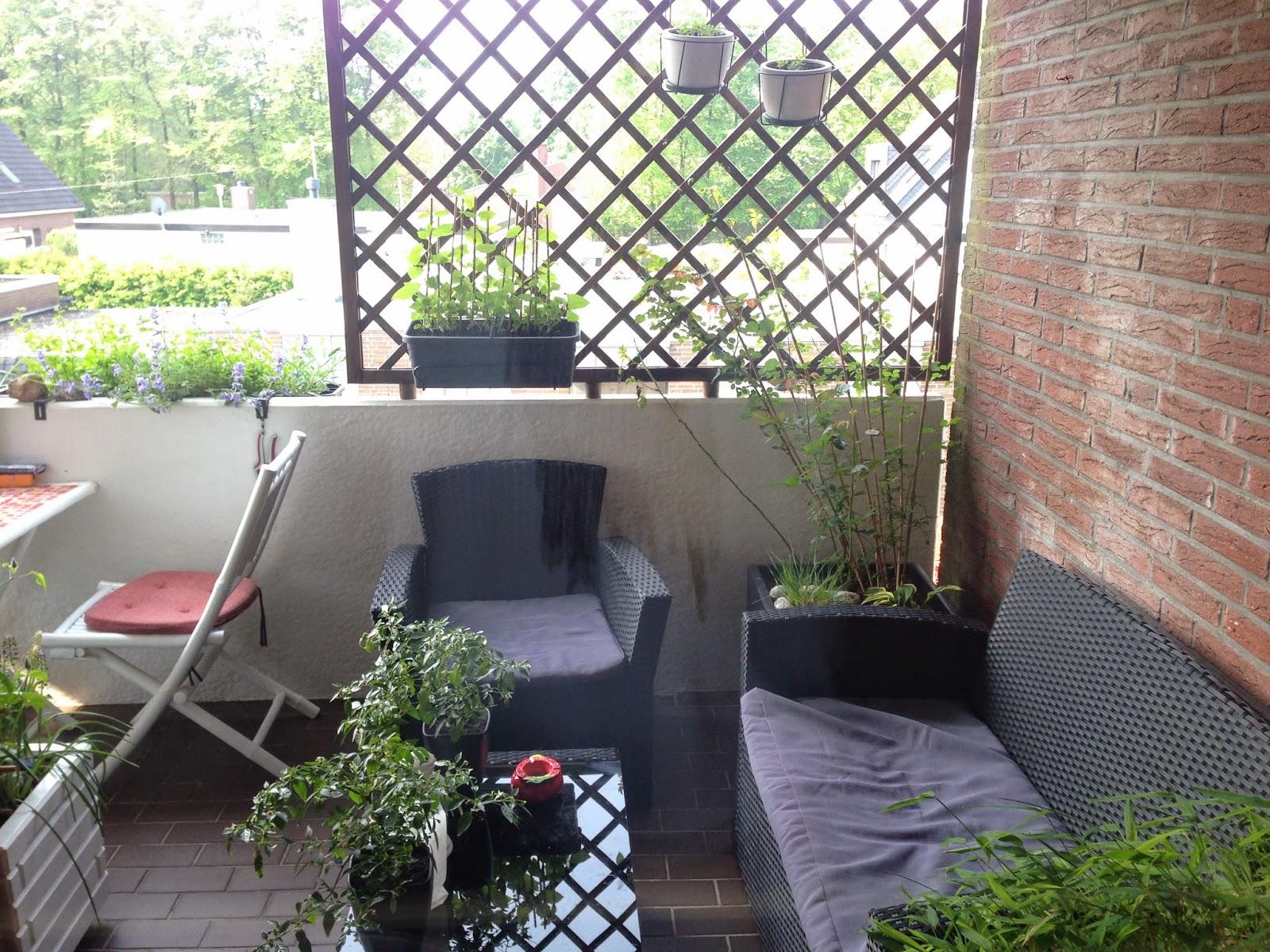 Tessimo\'s Balkongeschichten: Es blüht und wächst im April