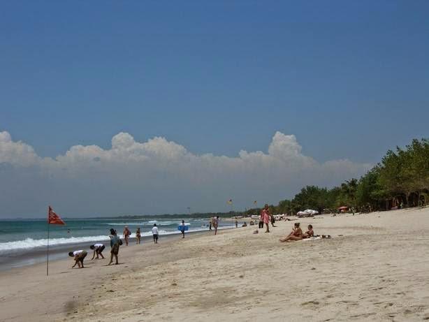 Tempat Wisata Pilihan Pantai Kuta Bali