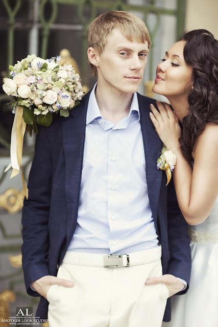Романтическая свадебная фотосессия в Кусково. Фотограф Грабовская Ольга.