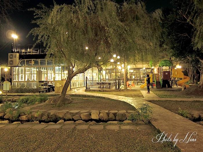 【彰化美食】卦山月圓景觀餐廳。無敵夜景浪漫推薦