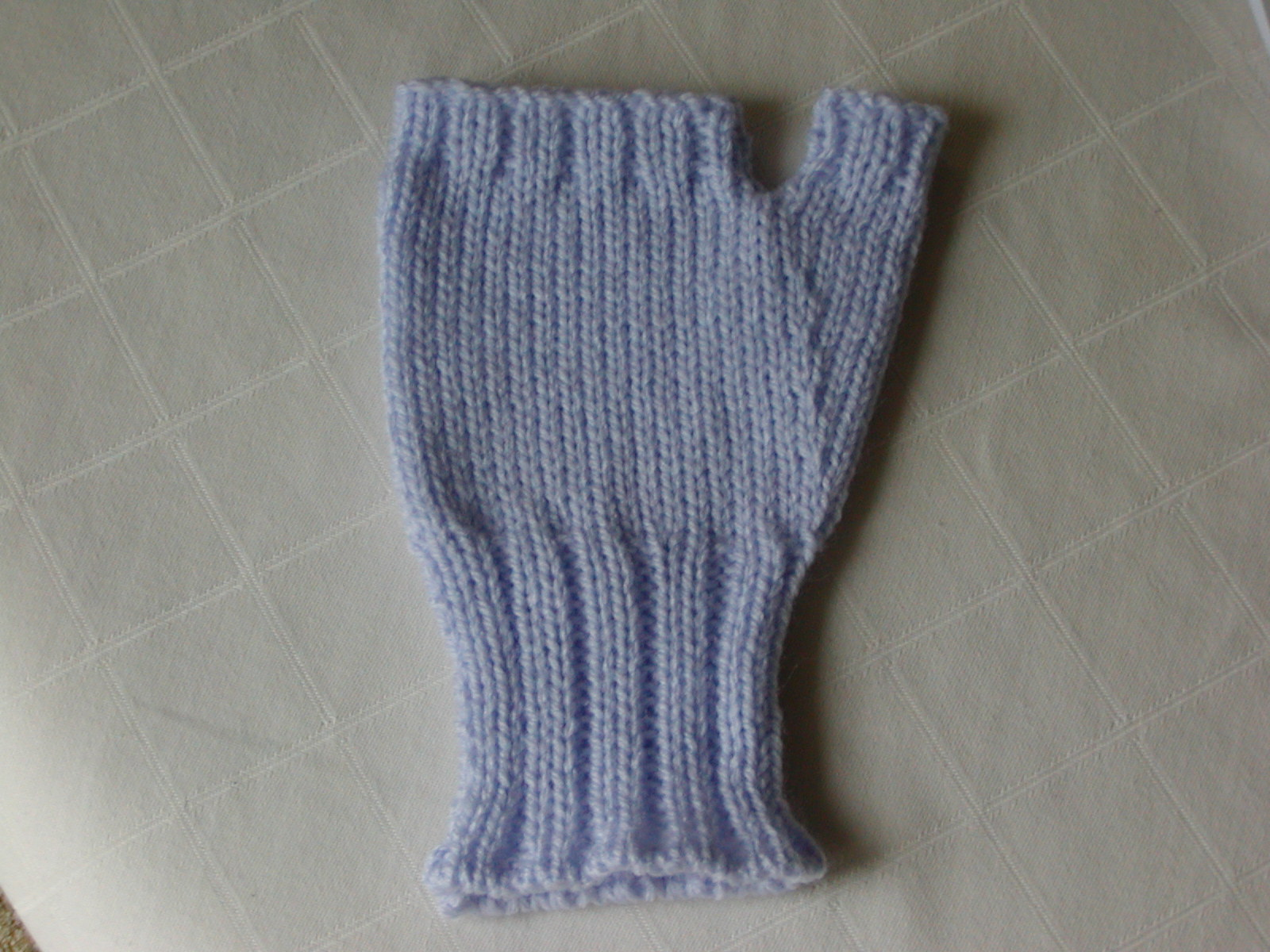 Addicted to Machine Knitting: Fingerless Gloves - Machine Knitting ...