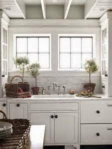 Untuk mengoptimalkan Manfaat desain dapur untuk rumah minimalis, desain dapur minimalis untuk rumah kecil, desain dapur rumah minimalis type 45, desain dapur rumah minimalis type 36, desain dapur rumah minimalis tipe 36, desain dapur rumah minimalis sederhana, desain ruang dapur rumah minimalis, desain dapur rumah minimalis modern anda mesti cermat dalam pilih kitchen set untuk dapur anda. Kitchen set bakal sangatlah bagus bila sesuai model dan warna ruangan. Saat ini sudah banyak sekali tersedia berbagai pilihan kitchen set terbaik.