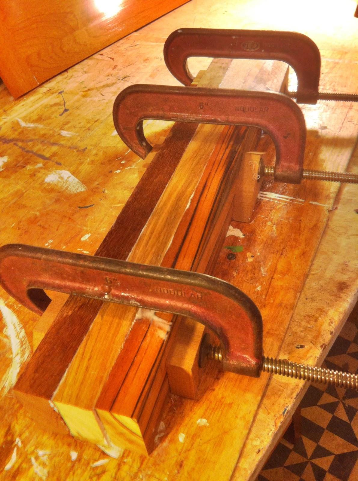 ai veio a ideia de usar umas sobras de madeira de outros projetos para  #BA4711 1191x1600