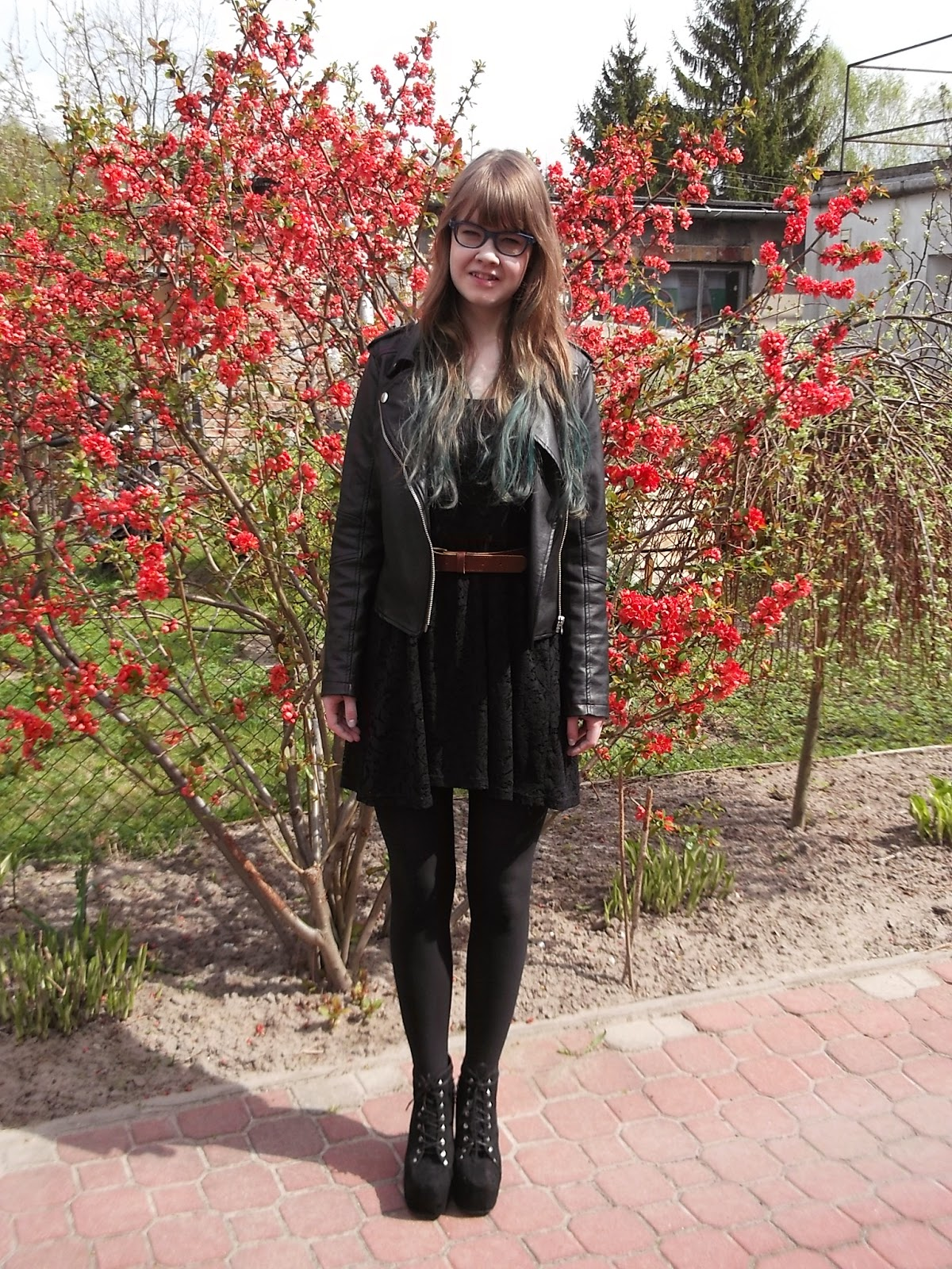 OOTD: Koronkowa sukienka+ramoneska
