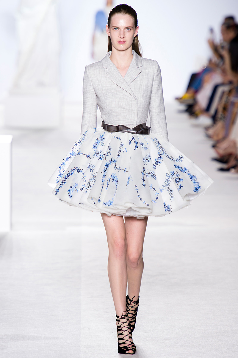 Giambattista, Valli, Giambattista Valli, Valli 2013, Fall collection, fashion show, runway, separates, grey blazer, white skirt, tutu, blue floral print, blue, beautiful