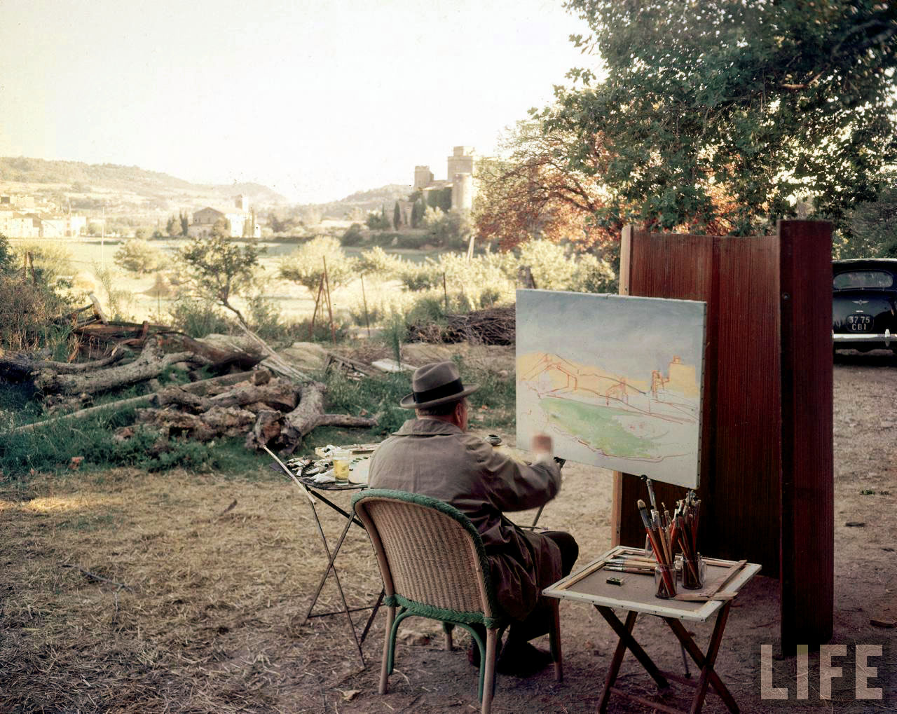 Daily Lazy Colour Photographs Of Winston Churchill Painting France 1948