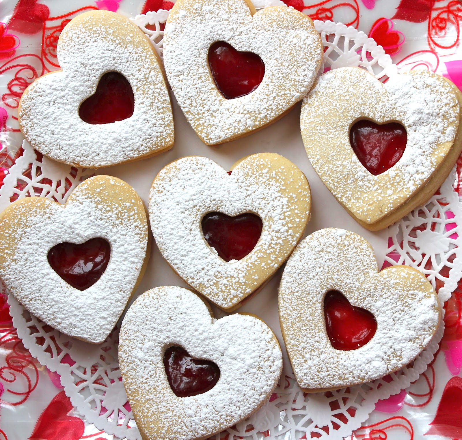 Chelsea's Choice: Raspberry Almond Linzer Cookies