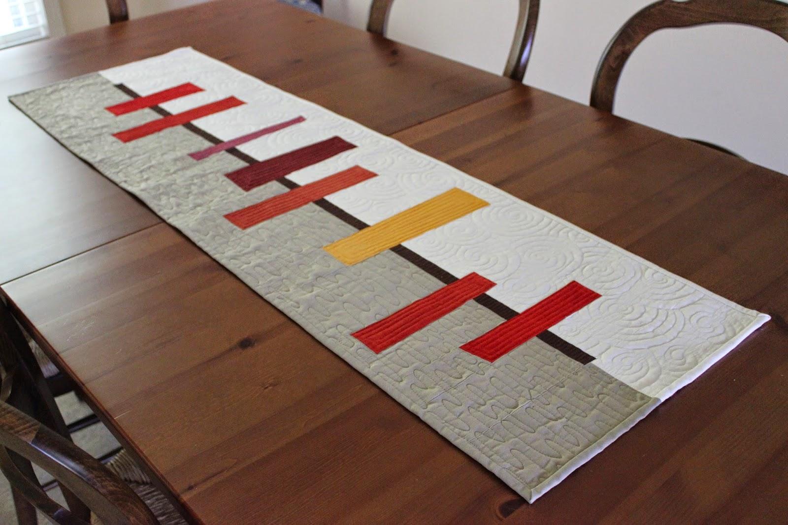 Teaginny designs autumnal table runner for Table runner quilt design