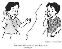 Robi dan toli bercakap-cakap di telefon