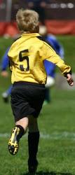 Min son fotisspelaren/ Poikani jalkapalloilija