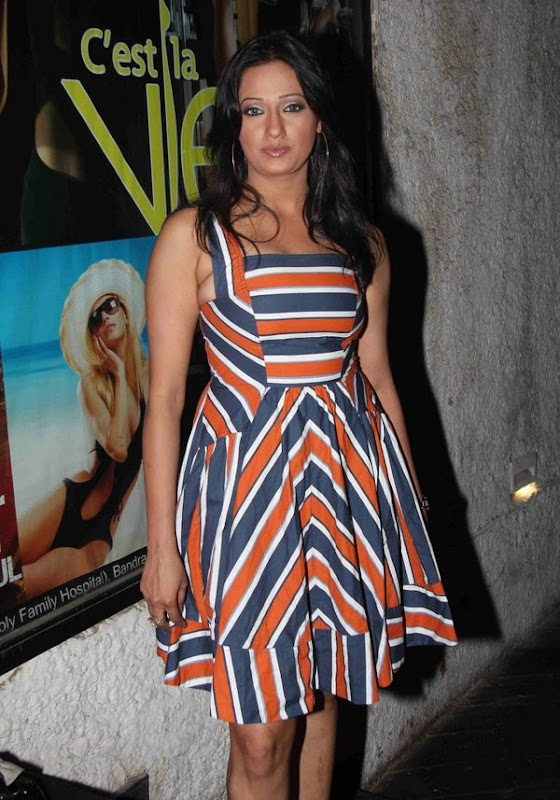 Bollywood Masala Actress  Celebrities at IPhone  Launch Party Photoshoot images