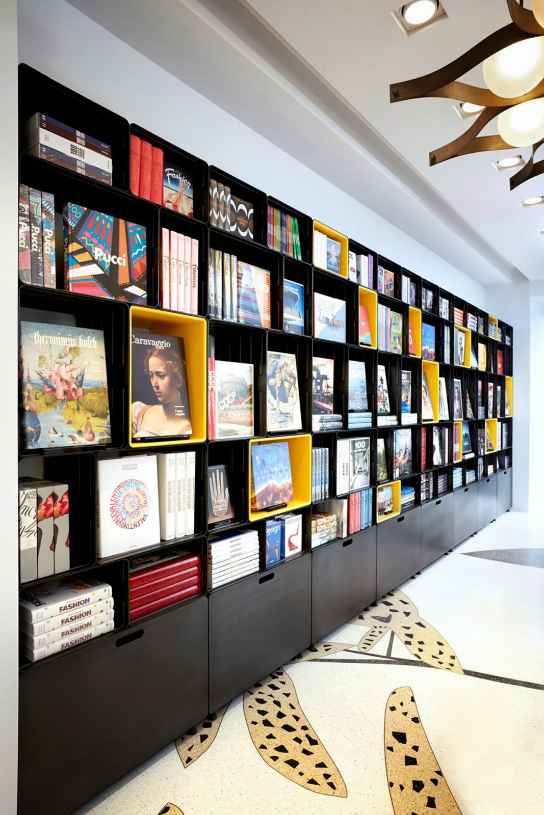 Taschen store Milan, photography Mark Seleen - Nest of Pearls