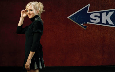 Anna Faris New Look Wallpaper