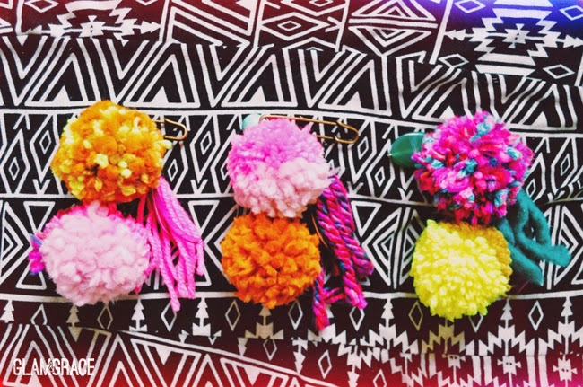 pom pom pin accessories