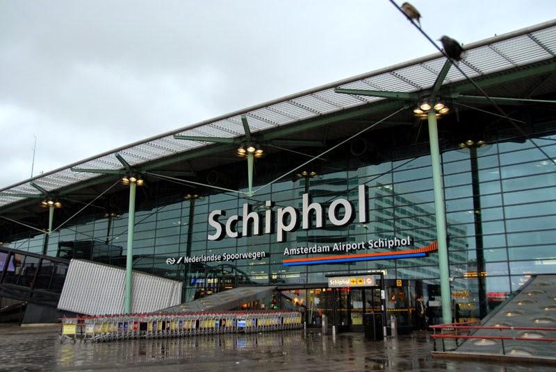 Bandara Schipol Amsterdam, Belanda