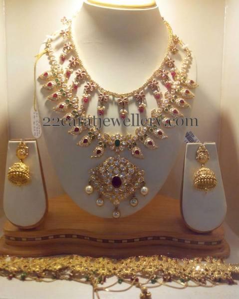 Mango Necklace Floral Set
