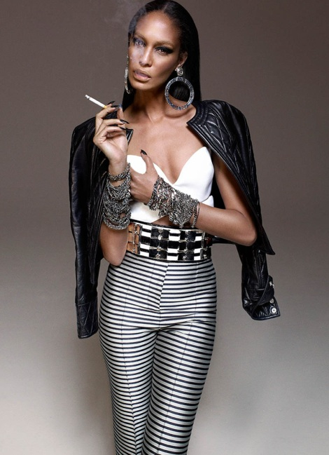 Joan Smalls model smoking