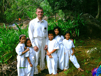 Elder Butler with Filipino Children
